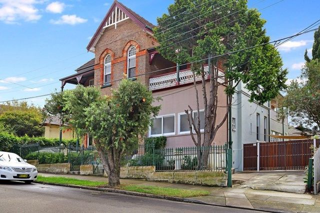2/1 Gladstone Street, NSW 2134