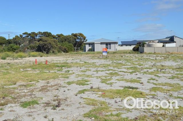 11 Golf Course Road, Beachport SA 5280