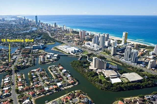 15 Sunshine Blvd, Broadbeach Waters QLD 4218
