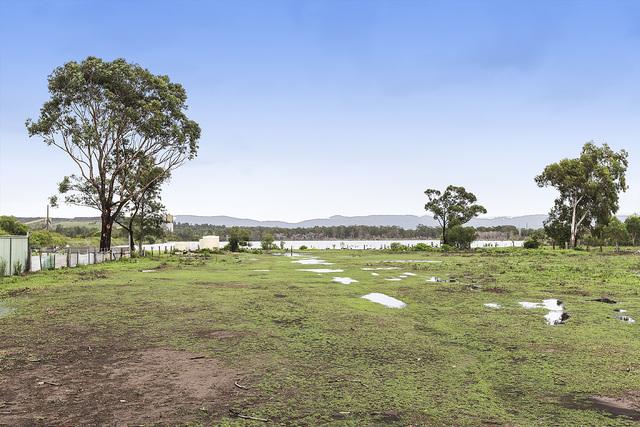 11 Racecourse Road, Teralba NSW 2284