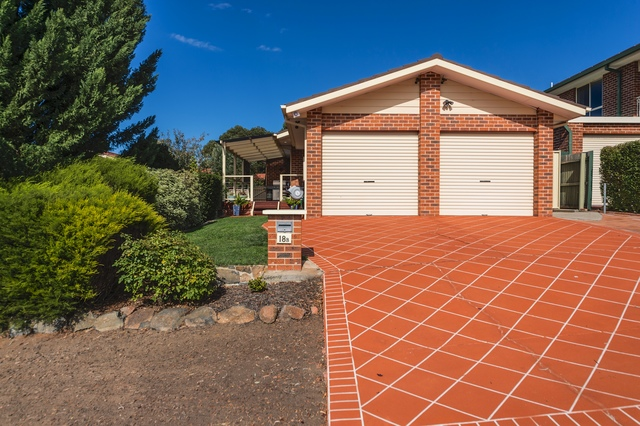 18B Wootton Crescent, ACT 2906