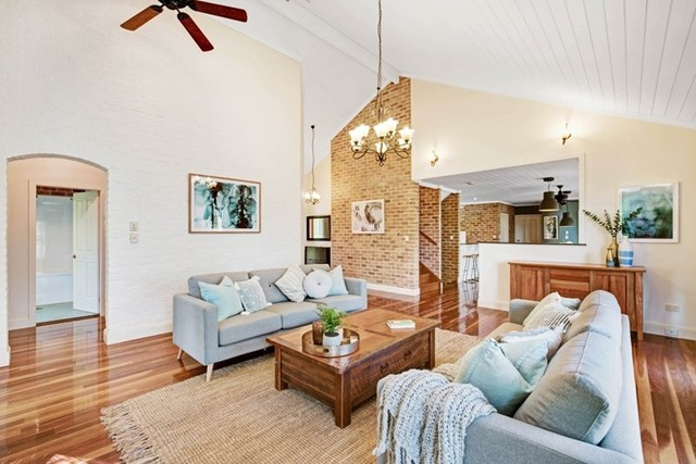 20 Violet Town Rd, Tingira Heights NSW 2290