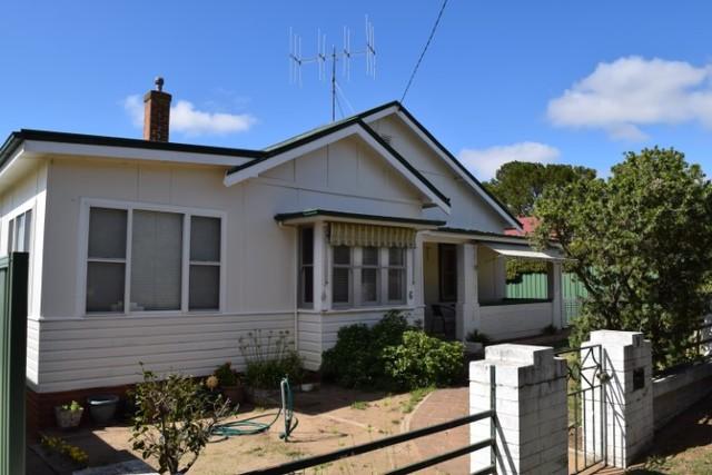 6 Raven Street, NSW 2582