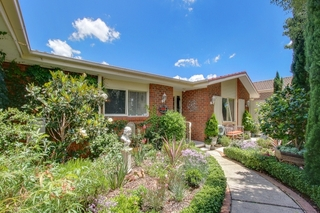 39 Castleton Cres Gowrie ACT 2904