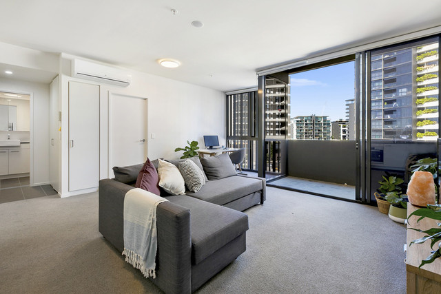 319/30 Festival Place, Newstead QLD 4006