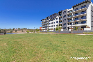 Large North Facing 3-Bedroom Apartment Near The Water Greenway ACT 2900