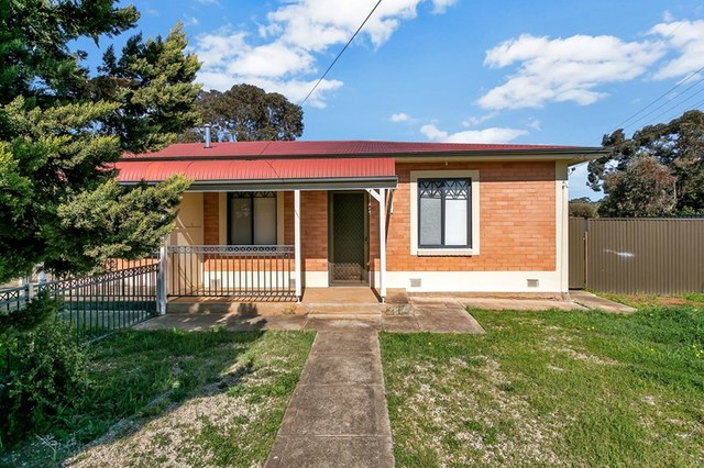 28 Harrow Crescent, Salisbury North SA 5108