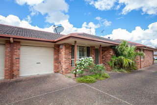 2/6 Proserpine Close