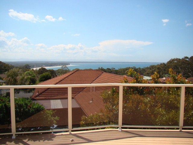 11 Whitshed Place, Vincentia NSW 2540