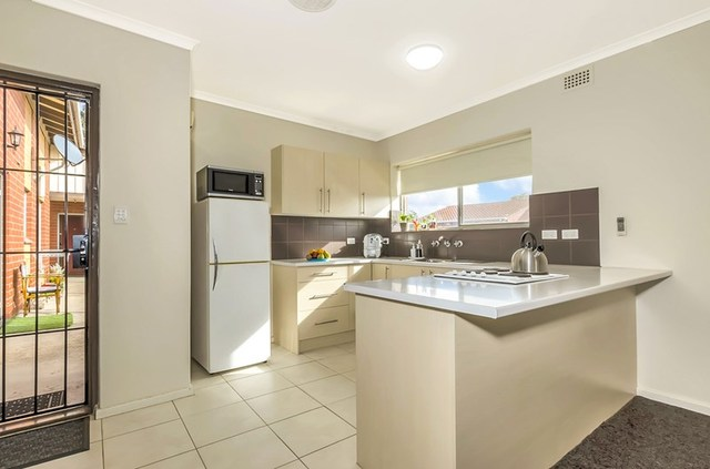 10/3 Henry Street, Rosewater SA 5013