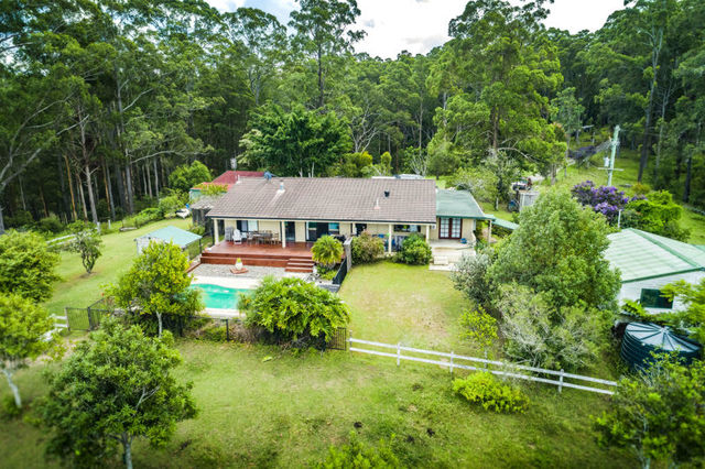 360 South Arm Road, Urunga NSW 2455