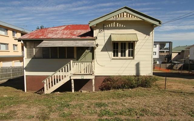31-33 Longfellow Street, Norman Park QLD 4170