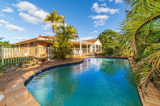 26 Erindale Court, Helensvale QLD 4212