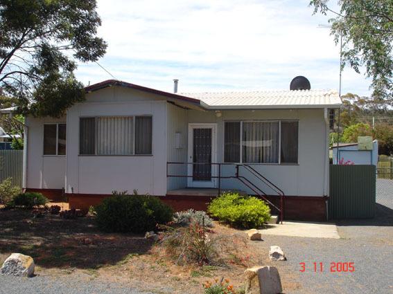 6 George Cowcill Street, Kambalda East WA 6442