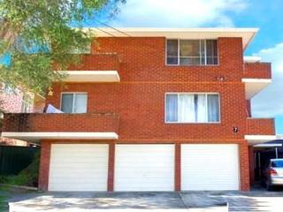 4/7 Shadforth St Wiley Park NSW 2195