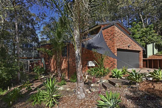 7 Leasingham Cl, Eleebana NSW 2282