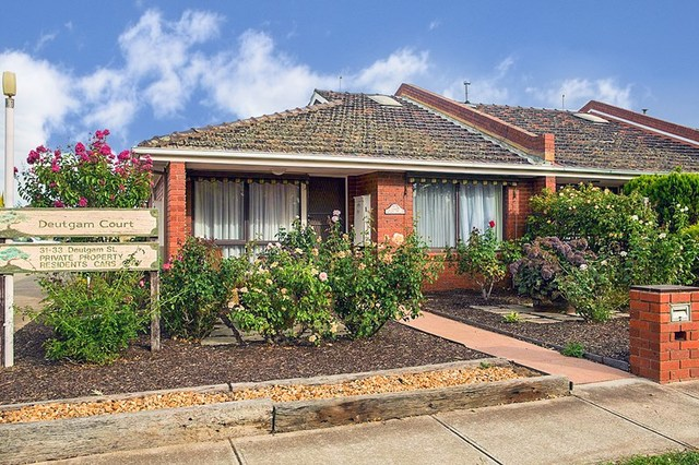 1/31-33 Deutgam Street, Werribee VIC 3030