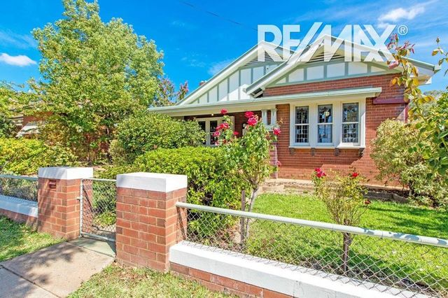 26 Docker Street, Wagga Wagga NSW 2650