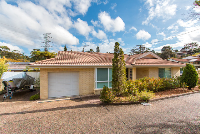 6/4 Louisa Avenue, Highfields NSW 2289