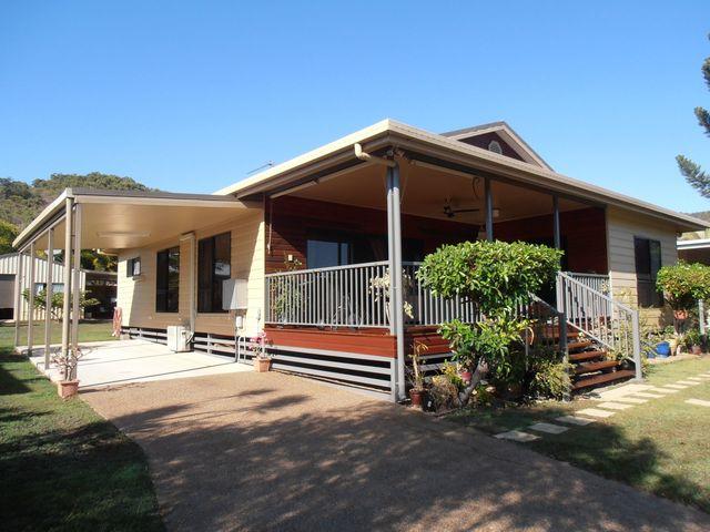 100 Gifford Street, Horseshoe Bay QLD 4819