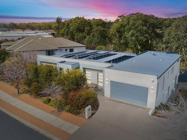 180 Halloran Drive, Jerrabomberra NSW 2619