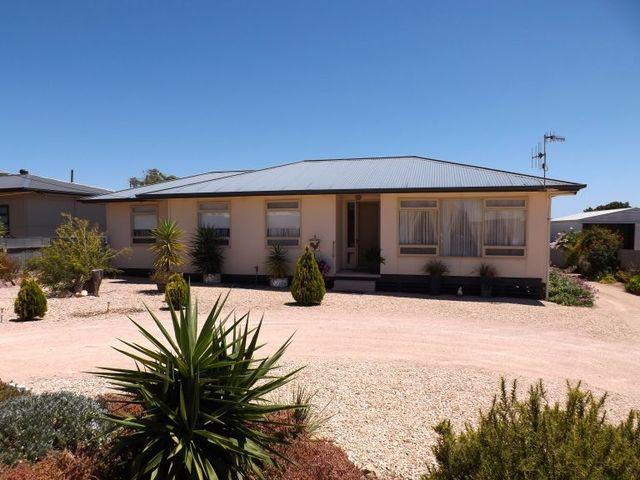 29 Centenary Road, Streaky Bay SA 5680