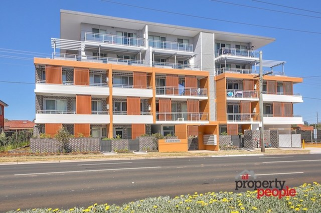 4/42-44 Hoxton Park Road, Liverpool NSW 2170