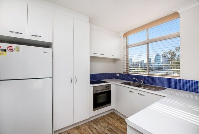 132 River Terrace, Kangaroo Point QLD 4169