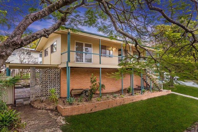 2 Coles Street, Arana Hills QLD 4054
