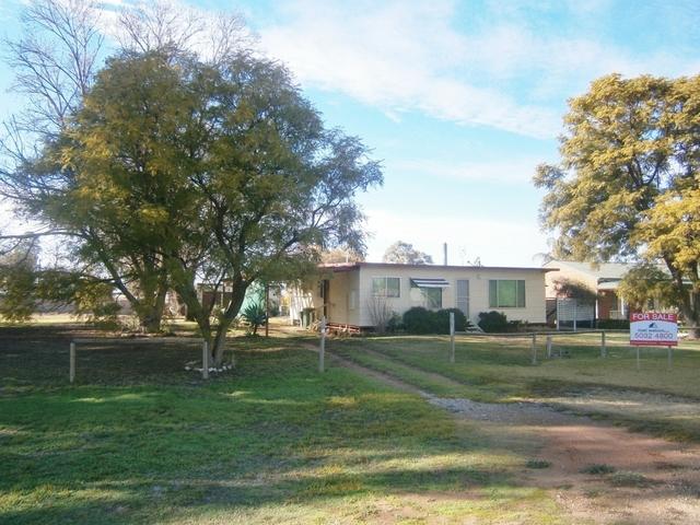 25 Murray Street, Tooleybuc NSW 2736