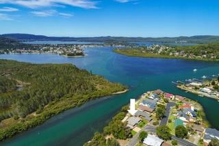 Properties For Slae St Huberts Island