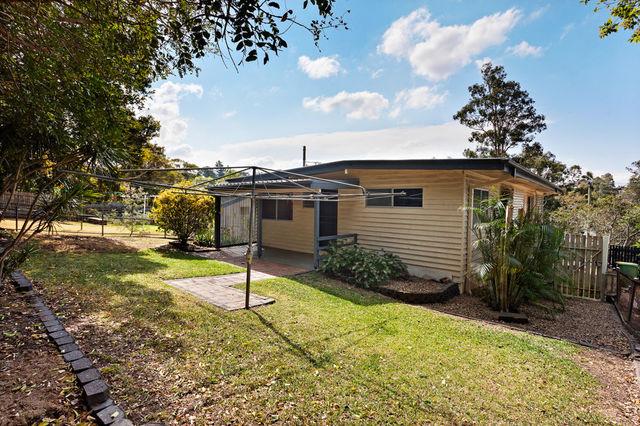 32 Bargo Street, Arana Hills QLD 4054