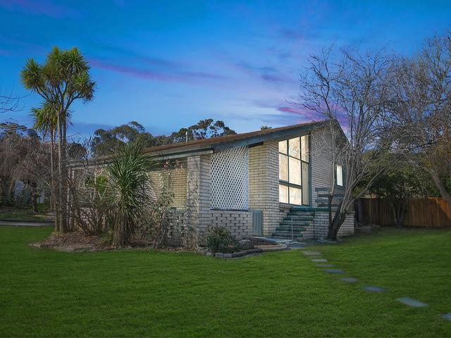 16 Prout Place, Weston ACT 2611
