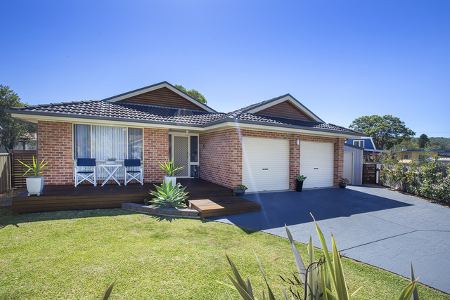 7 Lakewood Grove, Burrill Lake NSW 2539