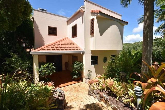 2 Kiamba Court, Sunshine Beach QLD 4567