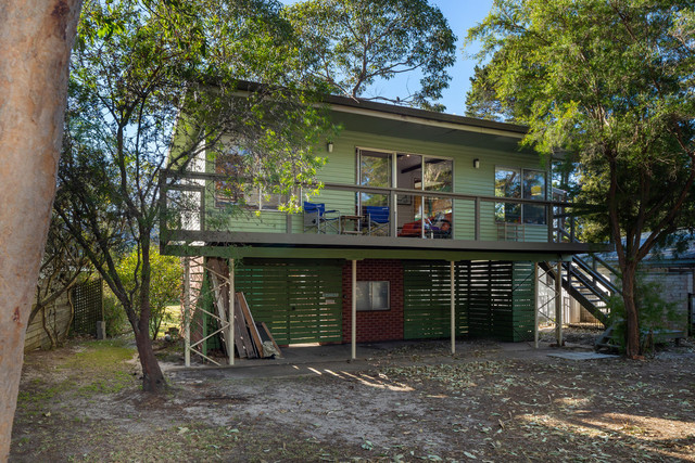 16 Broulee Road, Broulee NSW 2537
