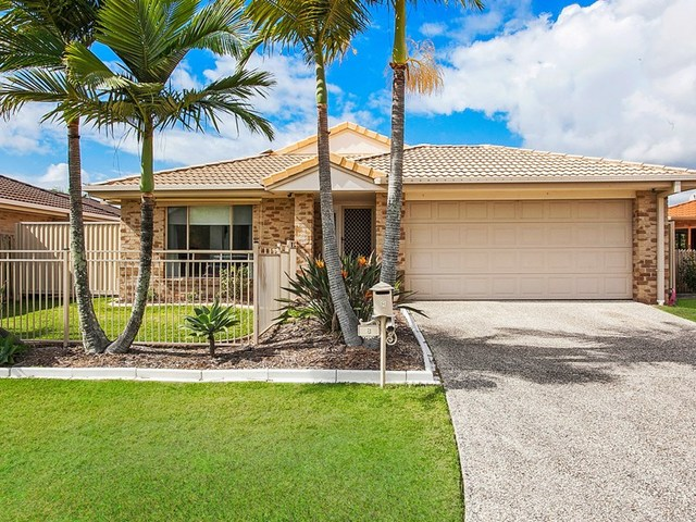 8 Sparrow Place, Burleigh Waters QLD 4220