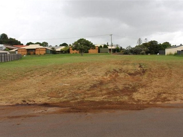 58 Banksia Drive, Kingaroy QLD 4610