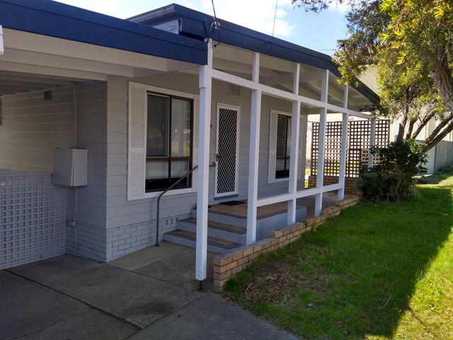 8 Oaks Avenue, Tuross Head NSW 2537