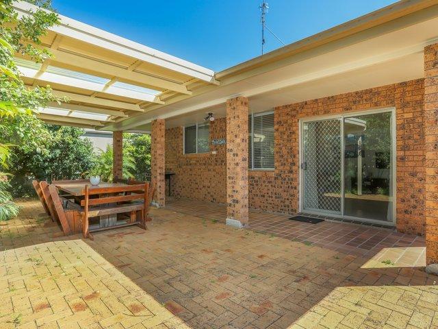 Villa 8/12-18 Patanga Street, Hawks Nest NSW 2324