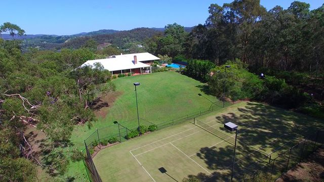 Boscombe Road, Brookfield QLD 4069