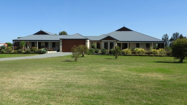 35 Barip Place, Oakford WA 6121