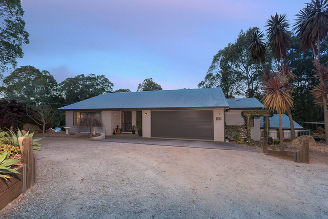 555 The Ridge Road, Surf Beach NSW 2536
