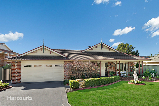 4 Stirling Place, Albion Park NSW 2527