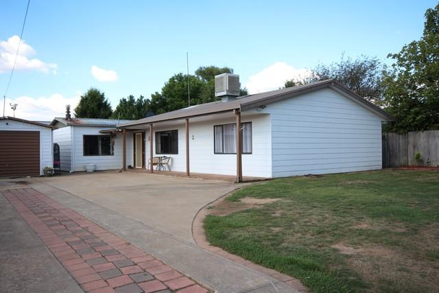 15 Scotia Avenue, Oberon NSW 2787