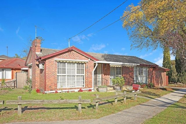 120 Greenwood Drive, VIC 3083