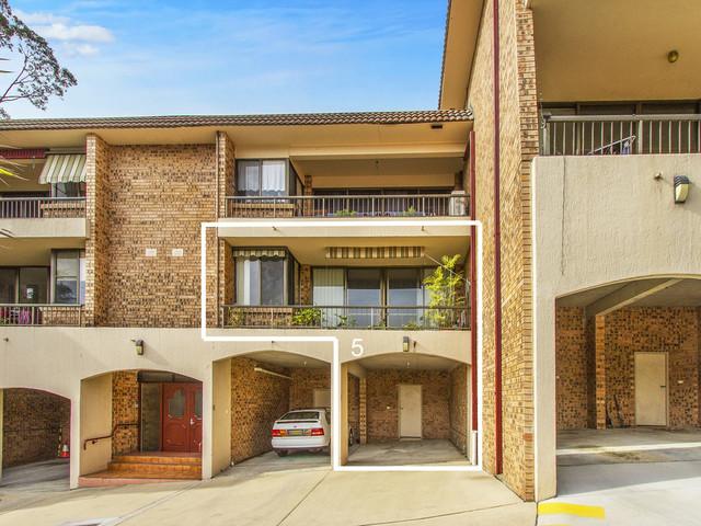 5/62 Beane Street, Gosford NSW 2250