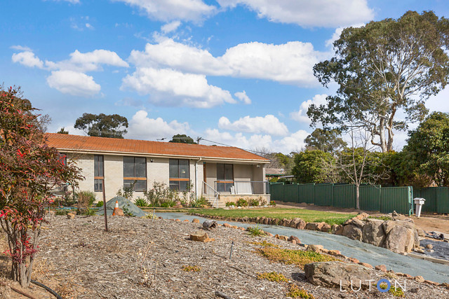 9 Braund Place, Kambah ACT 2902