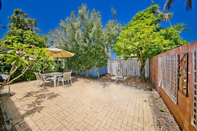 11/204 Royal Street, Yokine WA 6060