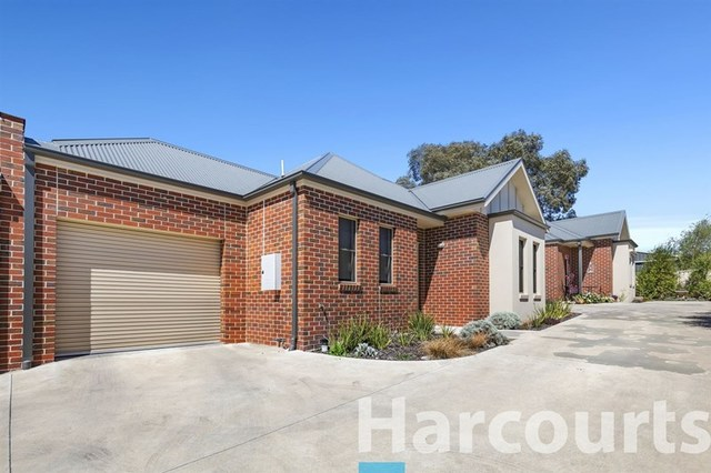 2/113 Howitt Street, Soldiers Hill VIC 3350